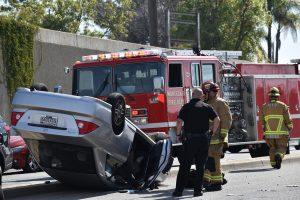 כבאים ושוטר בתאונת דרכים